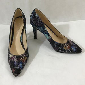 Nine West Floral Pointed toe Heels - Size 6 M